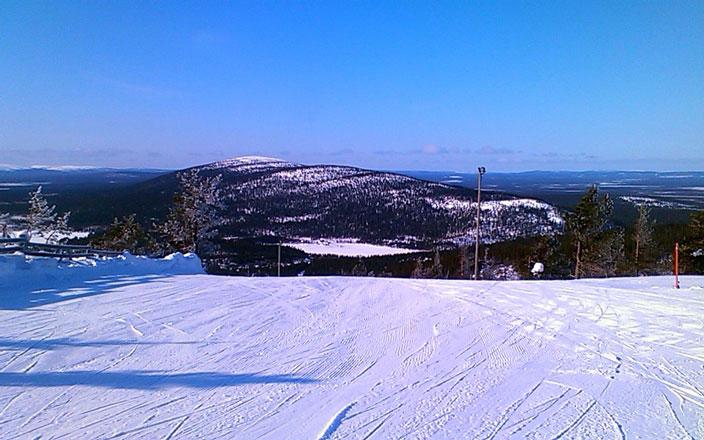 Зимний горнолыжный курорт в Швеции