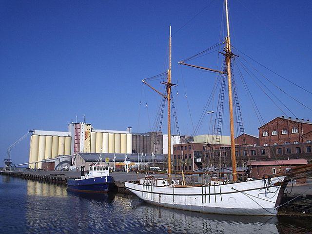 Порт в Lidköping