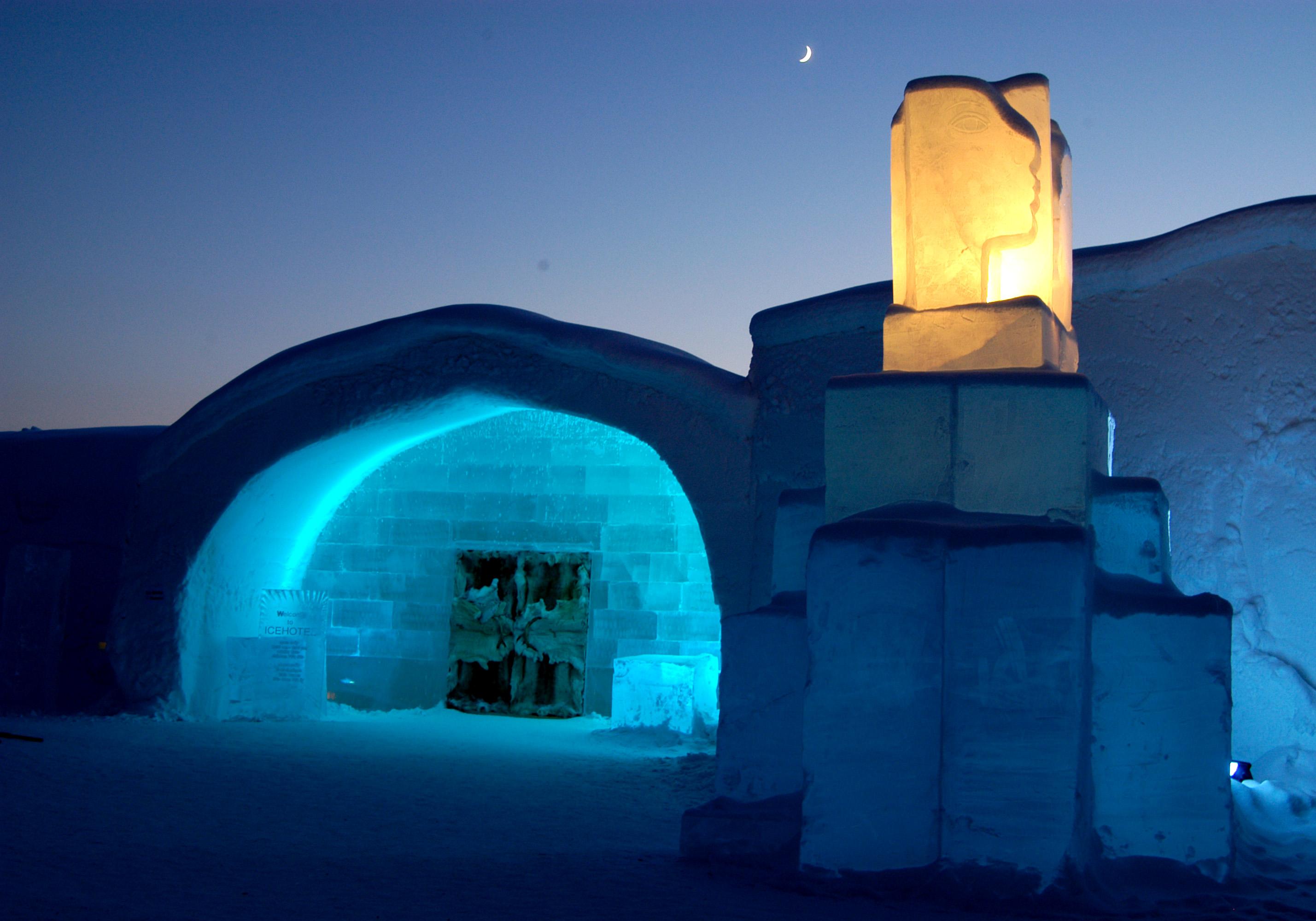 ледяной отель (Icehotel) в Швеции