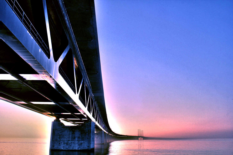 большая эресуннский мост фото под водой сильно увеличивается, тело